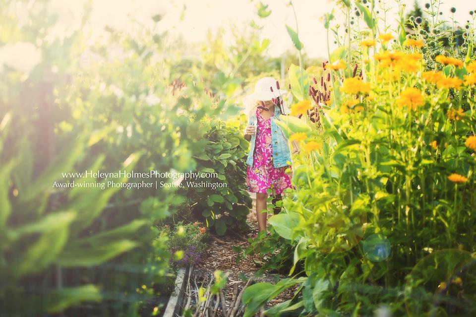 Seattle Family Photographer - Magnuson Park